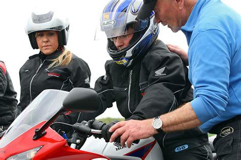 Motorrad Fahren Ohne öl by Honda Fireblade Honda Nachrichten Jetzt Auch Auf Der