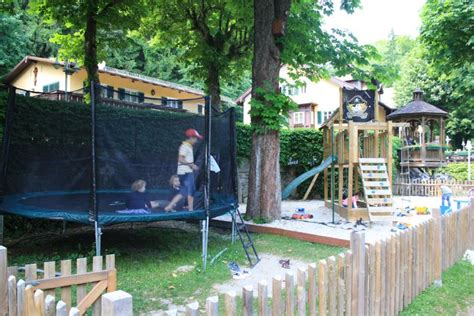 Biergarten Englischer Garten Speisekarte by Spielplatz Gasthof Hinterbr 252 Hl M 252 Nchen Biergarten