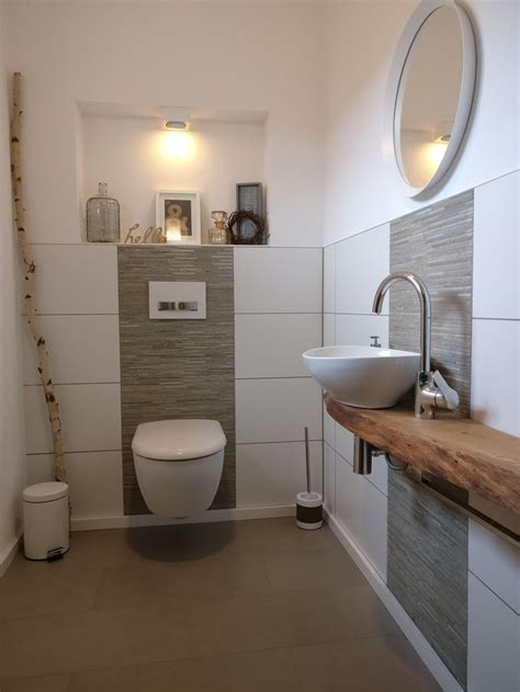 sehr kleines badezimmer umgestalten ideen die besten 25 fliesen ideen auf fischgr 228 te