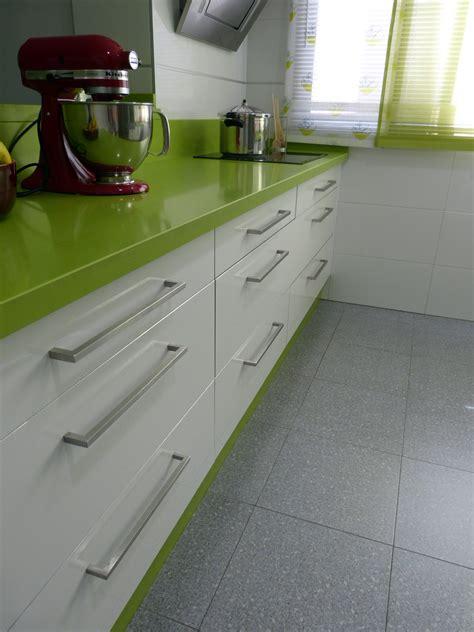 renueva el  de tu cocina cambiando los tiradores