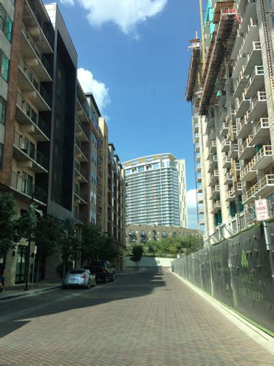 7 Reasons I Living In An Apartment by Top 7 Reasons Austinites Choose Apartment Living