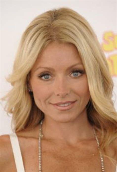 kelly ripa curls 34 best actress kelly ripa images on pinterest