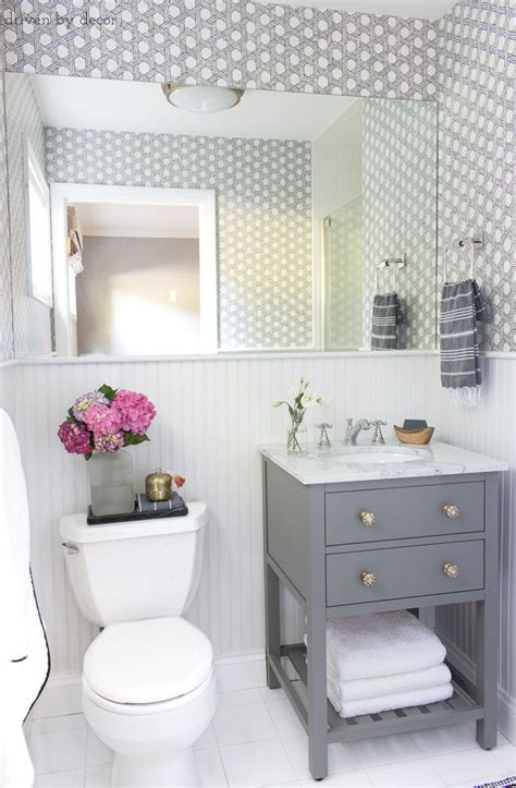 Small Guest Bathroom Ideas by Our Small Guest Bathroom Makeover The Quot Before Quot And Quot After