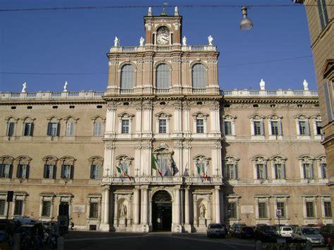 Banca Reale Roma by Modena Tour Di Mezza Giornata Cooperativa Il Papavero