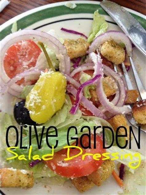 Olive Garden Italian Dressing Recipe by Olive Garden Salad Dressing Copycat Recipe Mommysavers