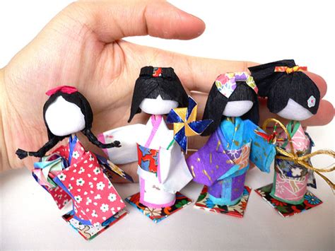 Japanese Paper Crafts - japanese 3d paper dolls washi ningyo with tutorial
