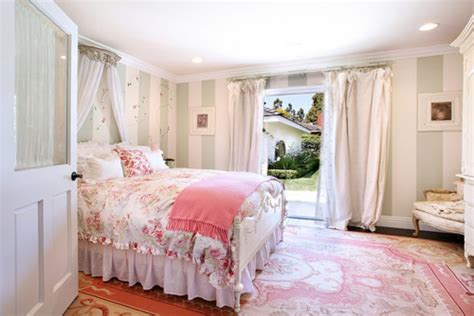 decor girly interior pink room image 187791 on favim com
