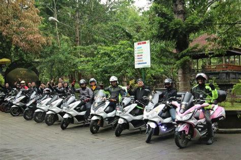 Pcx 2018 Denpasar by Astra Motor Bali Ajak Pecinta Honda Pcx150 Kunjungi Obyek