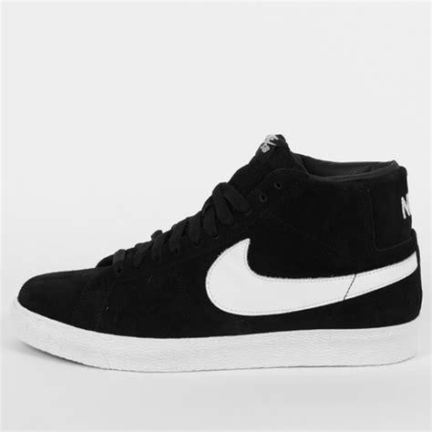 black and white fashion nike shoes image 527707 on