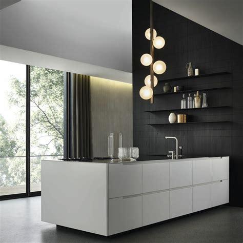 parete mensole parete cucina con mensole pareti con mensole arredare le