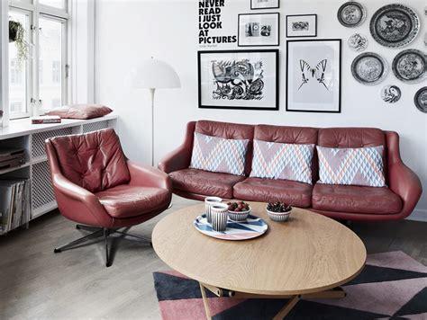 come pulire i divani in pelle come pulire il divano non sfoderabile casafacile