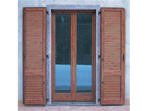 porte finestre in legno prezzi porta finestra a battente in alluminio e legno con triplo