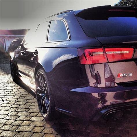 Audi RS6 Avant C7 in the colour Merlin Purple