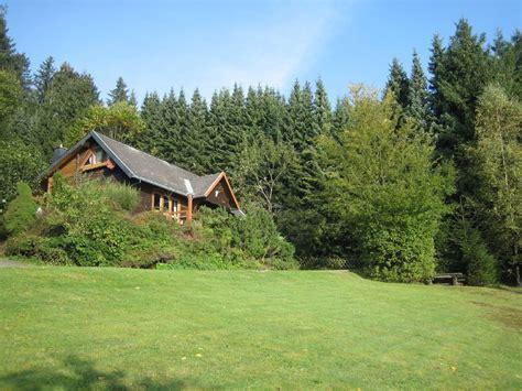 haus in den bergen mieten ferienhaus in den bergen ferienhaus mit pool und terrasse