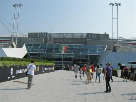 juventus stadium ingresso l ingresso allo stadio zona vip picture of juventus