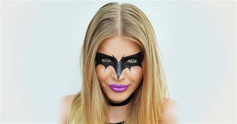 halloween hairstyles for batgirl find the best halloween makeup tutorials hacks by l