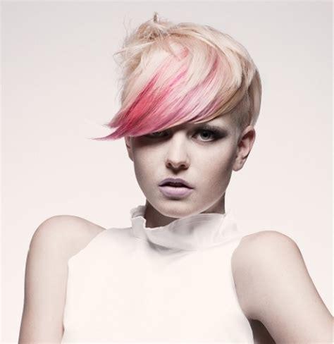 highlighting pixie hair at home 15 ideas for blonde highlights short hair