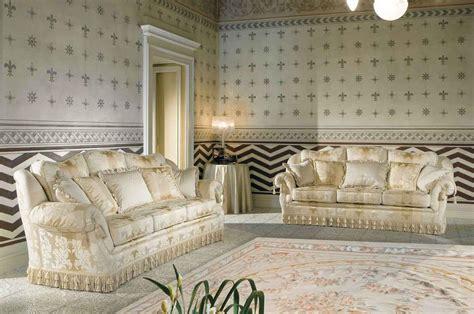 divano classico lusso divano classico di lusso per salotto raffinato idfdesign