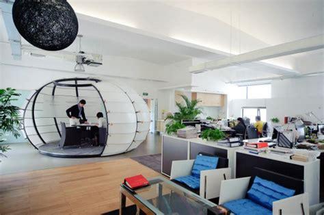 s駱aration bureau open space 8 exemples de bureaux insolites et originaux mode s d