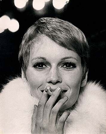 mia farrow s 6 best haircuts vogue 117 best images about inspiring pixie cuts on pinterest