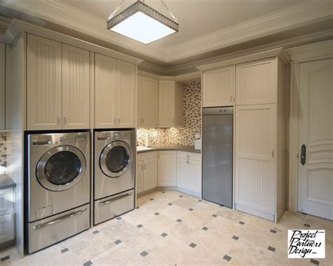 best traditional laundry room design ideas remodel dream laundry room traditional laundry room chicago