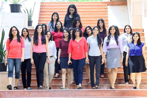 Mba From Indian School Of Business by Indian School Of Business Sets New Record For