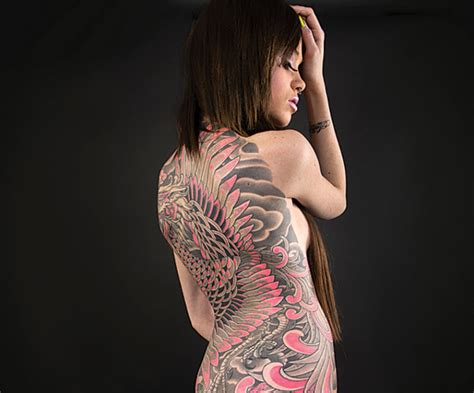 japanese tattoo in chicago dinosaurs invade downtown and so do the art walk crowds