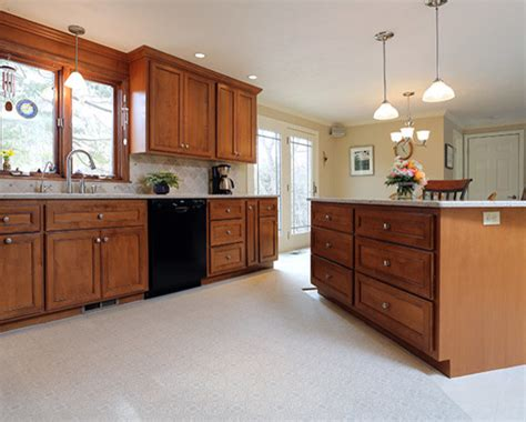 kitchen cabinet refacing paoli pa 1 ceiling product massachusetts manor kitchen traditional kitchen
