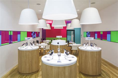 three mobile three mobile stores by salon uk 187 retail design
