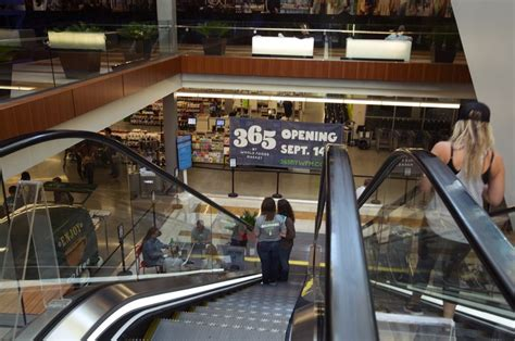 seattle times business section whole foods readies new 365 store in bellevue the