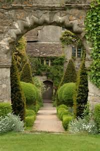 file house gardens malmesbury 2 jpg wikimedia commons