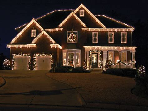 christmas lights c9 warm white christmas outdoor snowing led icicle lights 180 to 900 ice