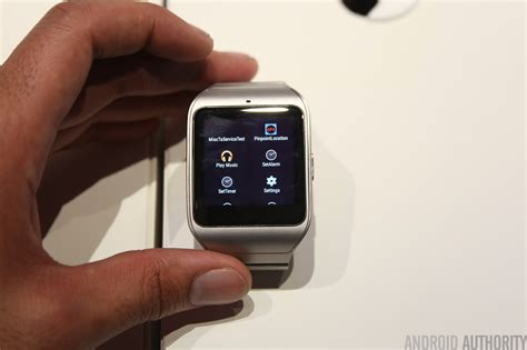 Sony SmartWatch 3 steel model hands on
