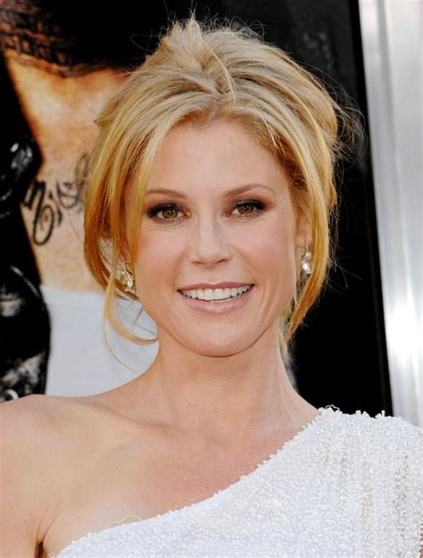 claire modern family short hair 1000 images about hair on pinterest julie bowen isla