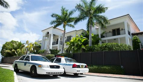 lebron house photos miami police presence at lebron james house gossip extra
