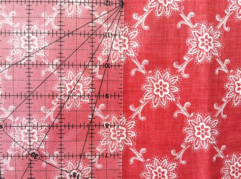How To Cut Borders For A Quilt by How To Cut Border Fabric So The Pattern Is