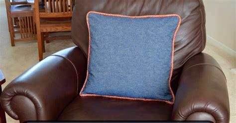 roonie ranching jumbo piping pillow sewing tutorial