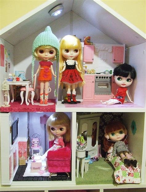 blythe doll house 50 best little big eyes doll ideas images on pinterest blythe dolls big eyes and