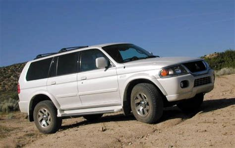 mitsubishi montero sport 2000 2000 mitsubishi montero sport information and photos