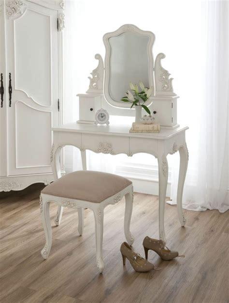 coiffeuse de chambre pour femme chambre style baroque luxueuse et pleine de caract 232 re