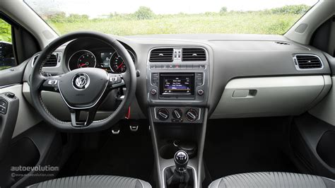 volkswagen polo automatic interior 2014 volkswagen polo facelift review autoevolution