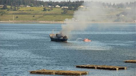 deep sea fishing boat sank penn cove mussel harvest suspended after boat fire
