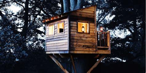 Backyard Gogo Band by Awesome Backyard Treehouse Ideas Simple Backyard Tree