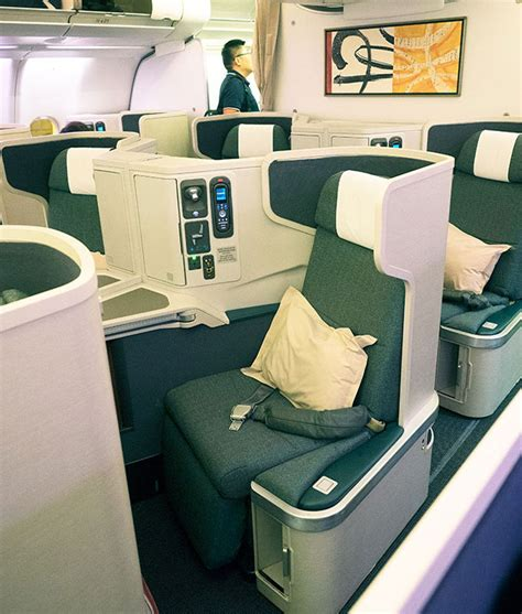 cathay pacific business class review cx101