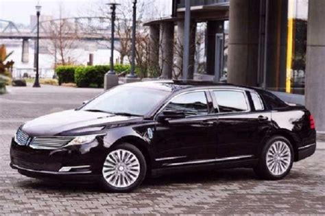 2020 Lincoln Town Car by 2018 Lincoln Town Car Release Date Price Interior
