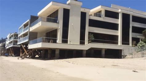 dr dre house dr dre s malibu beach house mansion beats by dre apple deal la youtube