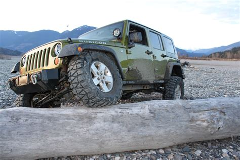 rescue green jeep rubicon rescue green jeep jk wrangler rubicon rides