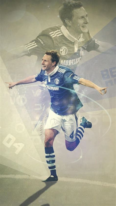 schalke  futebol football players benedikt hoewedes