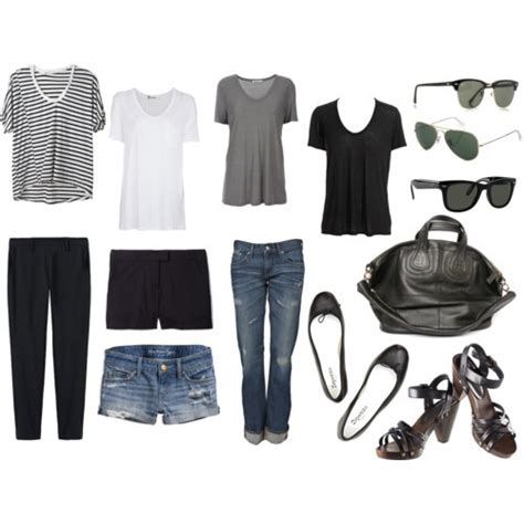 Travel Wardrobes by 25 Best Ideas About Travel Wardrobe Summer On