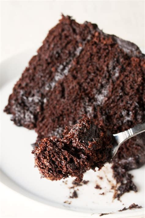 ate chocolate cake best 25 best chocolate cake ideas on chocolate cake simple cakes